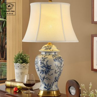 Chinese style restoring ancient ways of jingdezhen blue and white porcelain ceramics lamp lights the sitting room is the study of new Chinese style of bedroom the head of a bed full of copper lamp