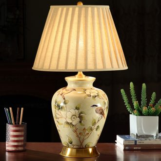 Classical luxury atmosphere to restore ancient ways American ceramic desk lamp contracted sitting room bedroom modern antique copper cloth art the whole lamp