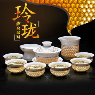 Jingdezhen tea set cellular and exquisite blue and white porcelain is kung fu tea GaiWanCha hollow out an entire cup