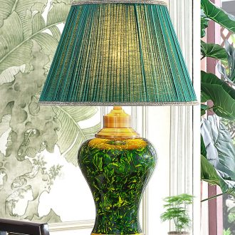 American country ceramic desk lamp after marriage celebration of new Chinese style classical emerald green, the sitting room the bedroom the head of a bed lamp hotel