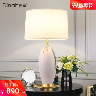 Jingdezhen hand-painted ceramic desk lamp new Chinese creative living room sofa tea table lamp American Nordic light extravagant chandeliers