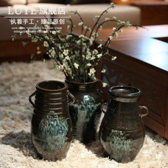 Jingdezhen ceramic decorative vase place to live in the sitting room is black flower implement simulation flower vase landed the vase