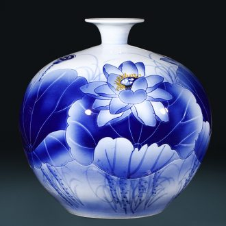 Master of jingdezhen ceramics hand-painted blue and white porcelain vase pomegranate bottle of large Chinese sitting room adornment is placed
