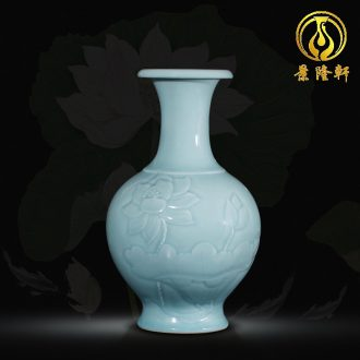 Contracted and contemporary jingdezhen ceramics vase carve shadow green rich ancient frame wine sitting room adornment home furnishing articles