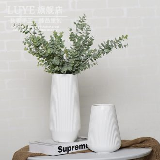 Contemporary and contracted household ceramic vase desktop Nordic white dried flowers sitting room decorate household flower arrangement table furnishing articles