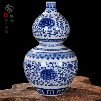 Special offer pure hand-painted put lotus flower grain gourd bottle of blue and white porcelain jingdezhen porcelain antique vase furnishing articles flowers by hand