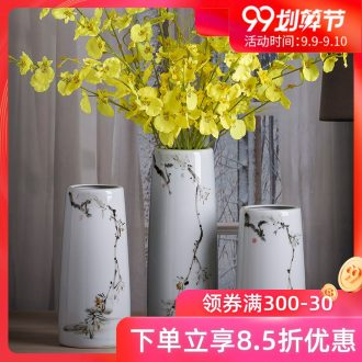 Jingdezhen ceramic hand-painted vases round art porcelain of new Chinese style living room office desk take place