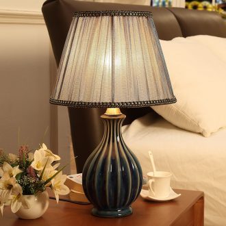 Ceramic lamp American sweet bedroom creative modern fashion bedside lamp study contracted sitting room small desk lamp