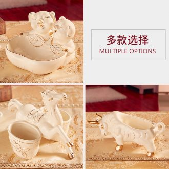 Ou porch ceramics that take the door key to receive a furnishing articles at the gate of home desktop receive box of deer horse cattle pig furnishing articles