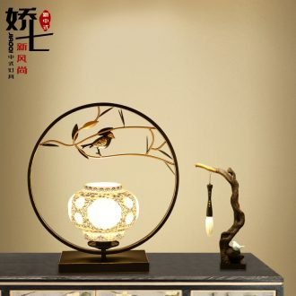 New Chinese style lamp light creative zen of bedroom the head of a bed decoration ceramics, wrought iron hotel lamp, Chinese wind restoring ancient ways desk lamp