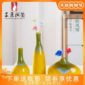 Jingdezhen ceramics sitting room small and pure and fresh flower vase contracted Nordic table bedroom adornment is placed by hand
