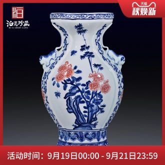 Jingdezhen ceramic hand-painted blue and white youligong ears statue imitation qing qianlong vase sitting room home furnishing articles