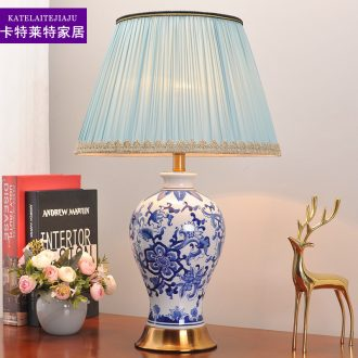 Bedroom nightstand lamp lights of blue and white porcelain ceramic retro ins American study of contracted sitting room warm light decoration