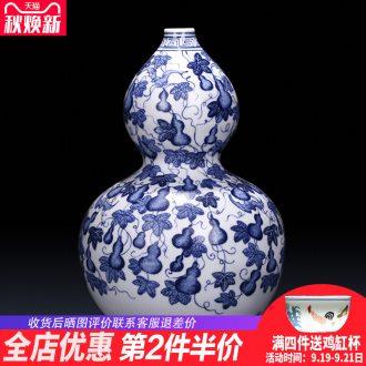 Jingdezhen ceramics imitation qing yongzheng antique Chinese blue and white porcelain vases, flower arrangement sitting room wine cabinet office furnishing articles