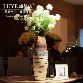 Jingdezhen ceramic landing big vase Chinese style retro decoration flower arrangement sitting room simulation flowers dry flower is placed by hand