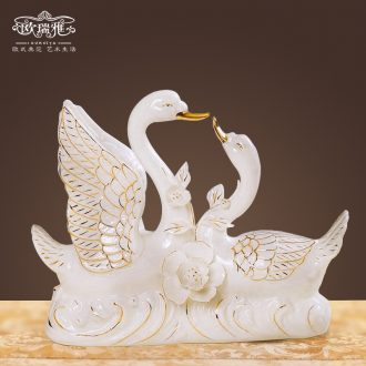 Mr. Ceramics white swan animal furnishing articles of handicraft wedding gift european-style home sitting room adornment is placed