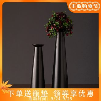 Jingdezhen ceramic vase simple retro black sitting room porch TV ark home furnishing articles new decorative vase