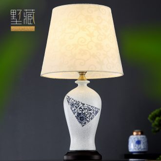 New Chinese style lamp contemporary and contracted blue and white porcelain ceramic decoration art hand-painted lamps and lanterns of the sitting room the bedroom of the head of a bed