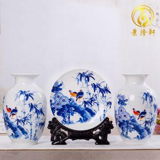 Jingdezhen ceramic vase furnishing articles Chinese famille rose porcelain three-piece handicraft wine porch sitting room adornment