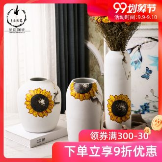 Jingdezhen ceramics plug stem vases, contemporary and contracted hand-painted art vases, small pure and fresh and the bedroom TV ark furnishing articles