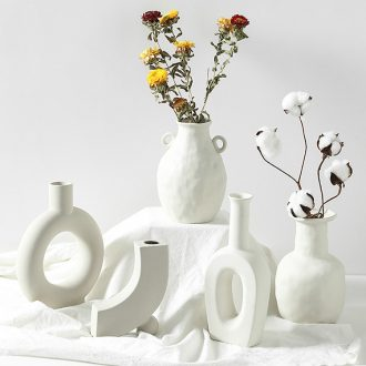 The Nordic ins wind dried flowers sitting room is contracted ceramic creative arts furnishing articles home stay facility vase floret bottle embryo