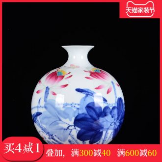 Blue and white porcelain of jingdezhen ceramics famous master hand-painted vases, flower arrangement, new Chinese style sitting room adornment is placed