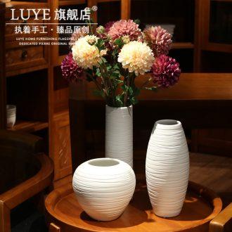 Handmade ceramic art white vase flower arrangement sitting room China household of Chinese style dry vase furnishing articles ornaments