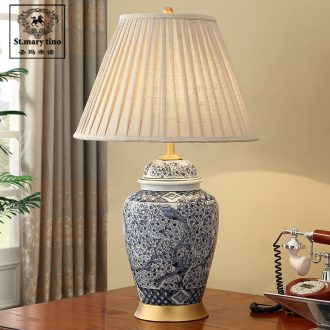 Jingdezhen Chinese style new classic blue and white porcelain ceramic desk lamp bedside lamp sitting room bedroom large old person room full copper lamp