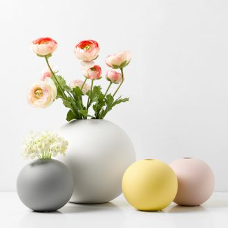 Ins Nordic vase furnishing articles dried flower arranging flowers ceramic sitting room adornment creative contracted vase gift table