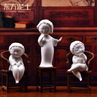 The east mud Chinese ceramic traditional Chinese characters decoration furnishing articles dehua porcelain sculpture handicraft/ambience