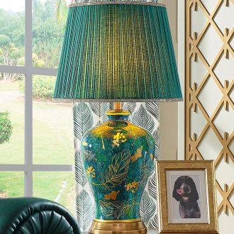 American ceramic desk lamp lights sitting room sofa tea table of bedroom the head of a bed emerald green large luxury villa retro atmosphere
