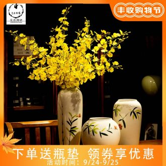 Contemporary and contracted fashion creative furnishing articles be born the sitting room of jingdezhen ceramics dried flower vase household decorations
