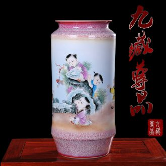 Jingdezhen ceramics Chen Haoyong hand-painted pastel tong qu vases, modern home sitting room handicraft furnishing articles