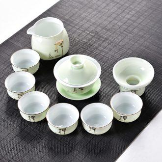 Gorgeous young kung fu tea set tea service of a complete set of hand-painted ceramic tureen teapot tea cups sea celadon household