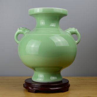 Jingdezhen ceramics manual celadon vase Chinese style restoring ancient ways rich ancient frame home sitting room adornment is placed