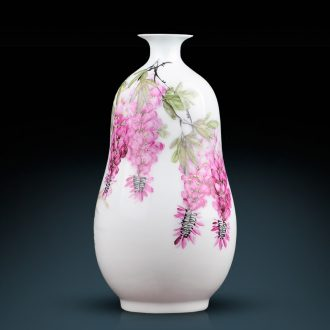 Master of jingdezhen ceramics hand-painted pastel gourd vases, flower arrangement and sitting room adornment is placed