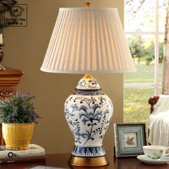 Santa marta full copper calving ceramic American desk lamp blue bedside lamp sitting room bedroom hand-painted retro desk light blue and white porcelain