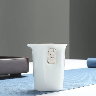 Morning xiang   dehua white porcelain paint manual points tea exchanger with the ceramics fair mug tea and a cup of hot sea and a cup of tea