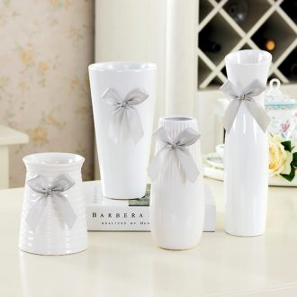 Small clear vase white ceramic vase contracted Japanese modern ceramic creative furnishing articles furnishing articles to send ribbon