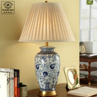 Santa marta atmosphere pure flower porcelain new Chinese style lamp sitting room is the study of jingdezhen ceramic desk lamp new classic blue bedroom
