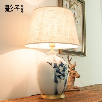 Modern new Chinese style full copper ceramic desk lamp hand-painted bamboo hotel decorated living room bedroom berth lamp 1036 study