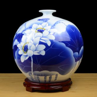 Jingdezhen ceramics hand-painted blue and white porcelain vase in the sitting room TV ark home decoration crafts porcelain furnishing articles
