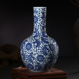 Jingdezhen ceramic vase hand-painted tree furnishing articles of Chinese style of archaize sitting room blue and white porcelain home decoration