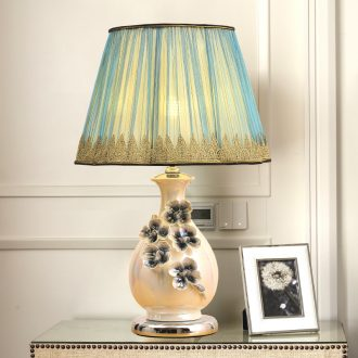 Ceramic lamp LED light glossy study sitting room decoration of bedroom the head of a bed lamp creative hand flowers