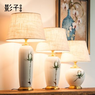 Ceramic lamp full copper modern Chinese hand-painted flowers hotel sitting room decorate desk lamp of bedroom the head of a bed the study 1059