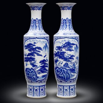 Jingdezhen sitting room of large vases, hand - made pine crane, live large blue and white porcelain decorations study furnishing articles