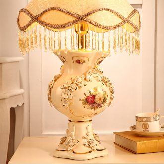 Vatican Sally, European - style key-2 luxury bedroom berth lamp creative sweet retro ceramic I I the lamp lighting