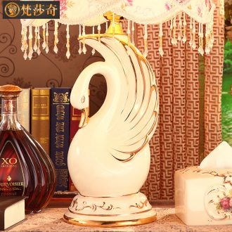 Swan European ceramic desk lamp luxurious sitting room bedroom berth lamp wedding gift to send brother sister - in - law wedding celebration of lamp