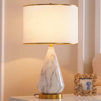 Ceramic lamp light key-2 luxury ins American modern creative move designer Nordic sitting room, bedroom berth lamp
