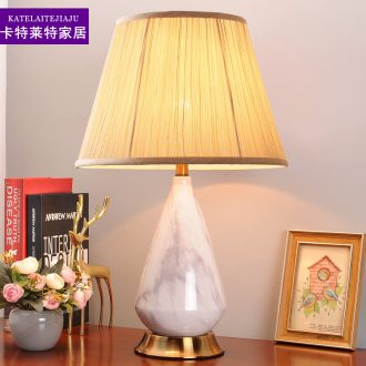 Contracted and I American ceramic desk lamp bedroom nightstand lamp sweet American creative wedding room sitting room adornment